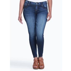 Torrid Skinny Stretchy Cropped Jeans